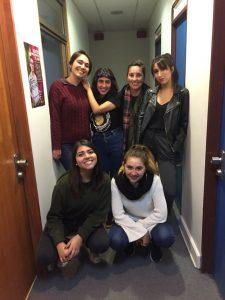 Equipo de Copadas de la Radio JGM con sus invitadas Leslie Toledo y Paz Peña.