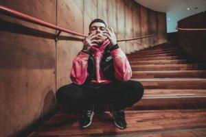 Gianluca en escalera del GAM