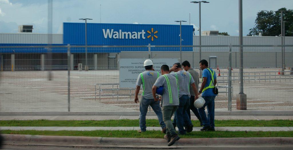 Walmart pretende decir te transformo, te doy más pega, pero no te pago más