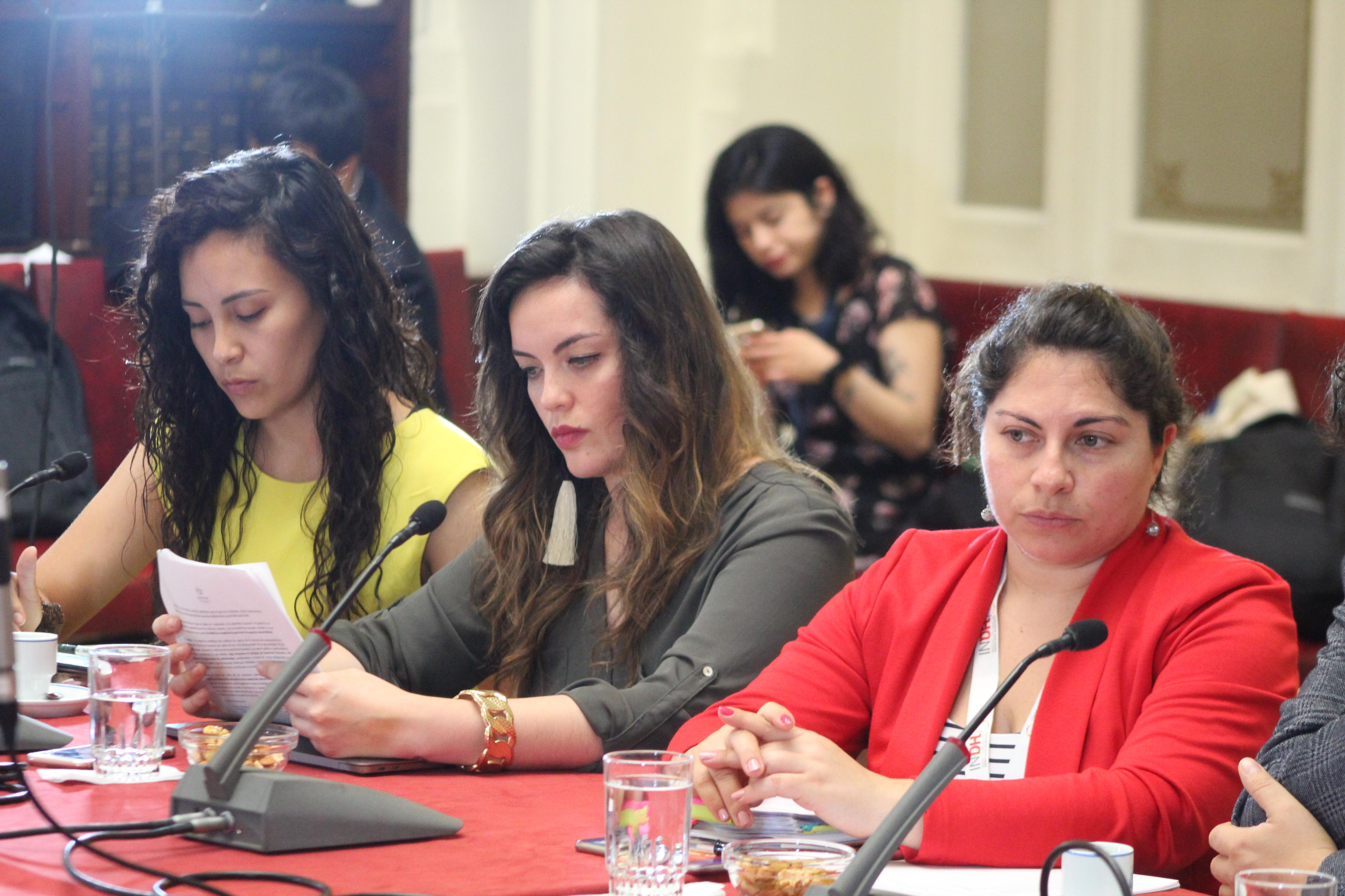 Daniela Watson y Danitza Pérez de abofem en comisión de derechos humanos del senado